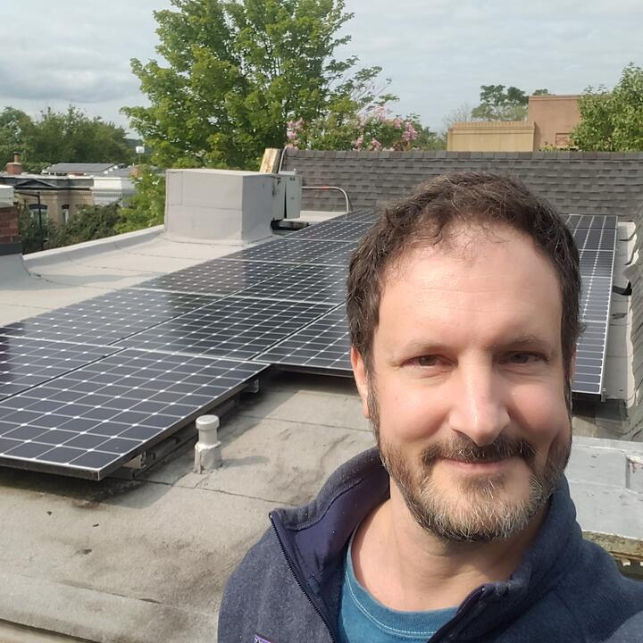 How Ipsun customer David Roodman fought for his solar rights- and won!