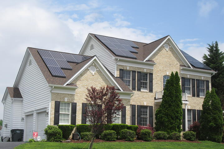 I Bought a Home With Solar Panels. Now What?