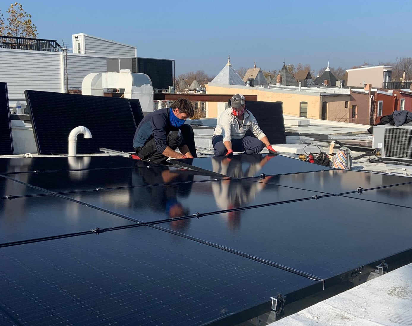 Spread the Sunshine! DC Solar For All Program Brings Free Solar to Qualified DC Residents
